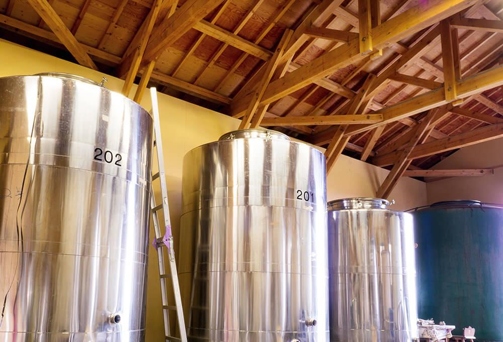 やまふじぶどう園のワイン醸造